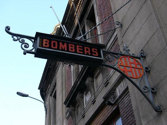 bomberos calle provenza another bcn barcelona alternativa