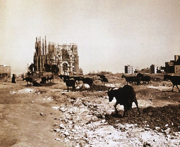 La Sagrada Familia barcelona gaudí